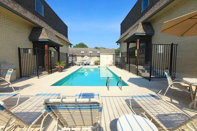 Malvern Hill Apartments Kansas City