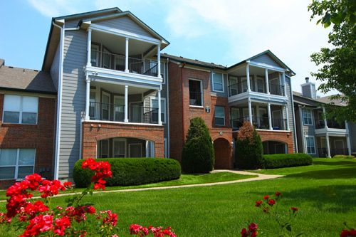 Gorgeous Apartments in Olathe with Pool, Garages Available