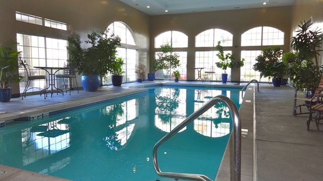 Find Your Winter Oasis With Overland Park Apartments With An Indoor Pool!  LeasingKC.com Is The Hot Spot For The Areau0027s Best Apartment Listings.